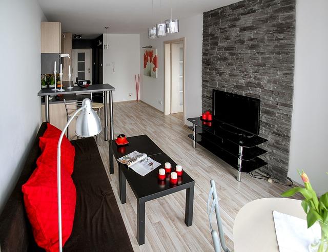 Wohnungseinrichtung mit vielen schwarzen Elementen