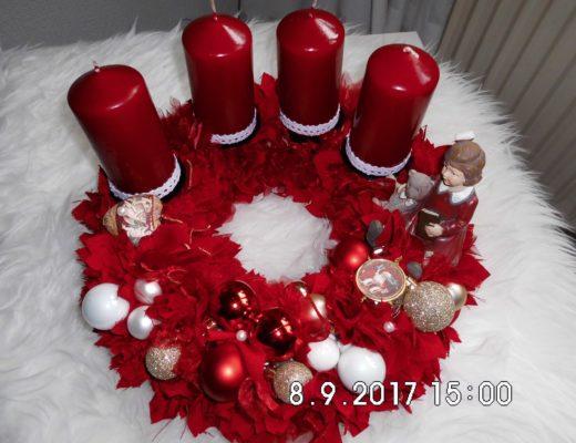 Weihnachtsdeko Adventskranz aus Stoff, rot, DIY