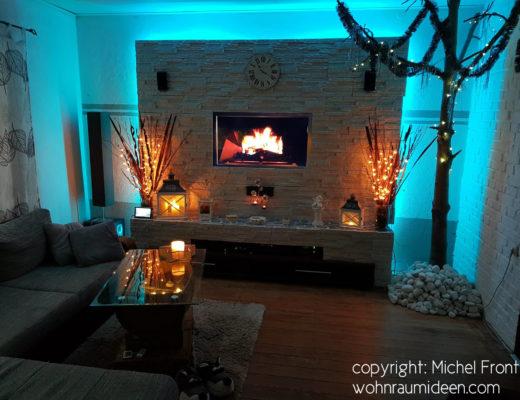 Fernsehwand mit blauer Beleuchtung, Einrichtungsideen